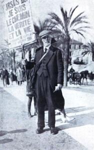 Joseph Dutton à Cannes en 1923, lors d'une mission chez H. Arnéra