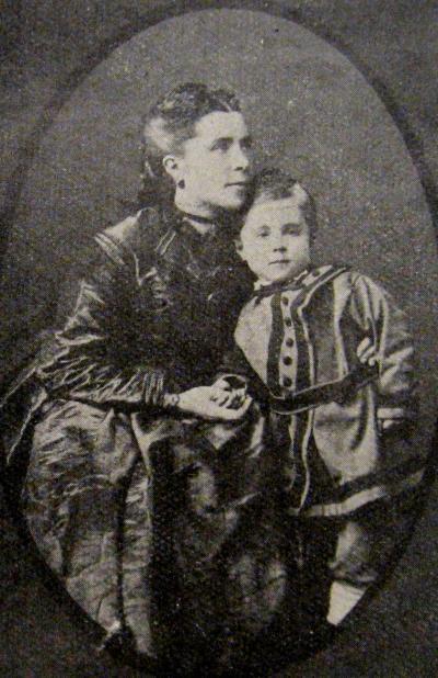 Justine Dalencourt et son deuxième fils René. Extrait de sa biographie par R.C. Morgan