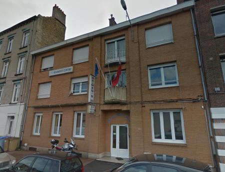 Un sailor's home en France aujourd'hui : le seamen's centre de Dunkerque (capture Google) de la Mission to Seafarers (The Revd Paul Bennett Manager: Olivier Vantielcke, Princess Alice House, 130 Rue de L'Ecole Maternelle, 59140 Dunkerque).