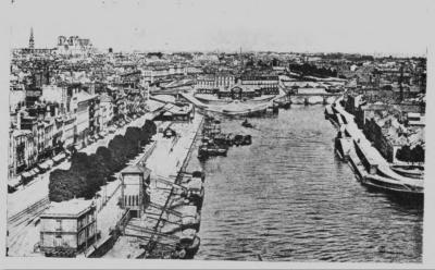 Les quais de Nantes en 1914. Photo extraite de l'ouvrage de Joseph Dutton, An evangelist's travels, p. 129.