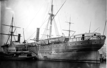 Le Paquebot Arago, vers 1864. Pionnier des liaisons transatlantiques à vapeur, il pouvait recevoir 250 passagers.